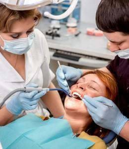 Senior woman on the dental operation, Dental Surgeons, Dental implants, All-On-4 Dental Solutions